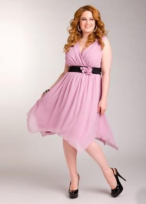 какие модели платьев лучше подходят женщинам с лишним весом