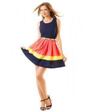 платье, имеющее юбку в форме солнца, подчеркнет красоту и стройность ваших ног