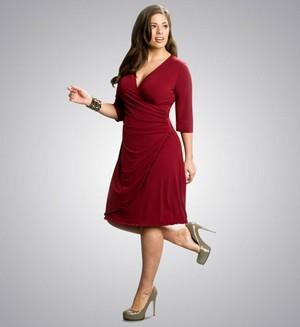 Как трикотажные платья повышают привлекательность и уверенность в себе, даже если Вы страдаете лишним весом