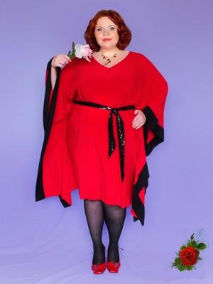 если вы страдаете от полноты, подбирайте одноцветные трикотажные платья