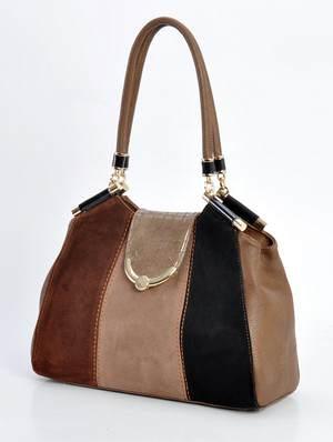 недорогие женские сумки из кожи обладают множеством преимуществ перед изделиями  из других материалов