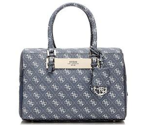c181f36d4d83 Сумки Guess — это качество, статус, изысканность и стиль в одном комплекте.  Каждая такая сумочка может украсить любой элегантный гардероб, но и здесь  важно ...
