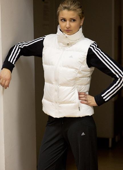 Дутые женские спортивные костюмы