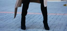 Где можно недорого купить зимние женские сапоги: следим за распродажами!